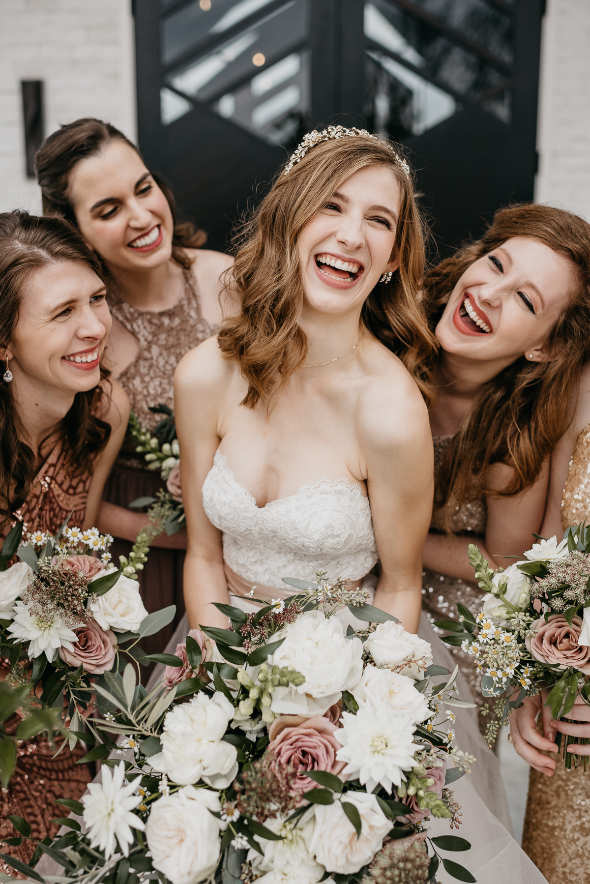 Modern elegant carefree nature wedding at Jennings Trace wedding venue in Conroe Texas camera shi photography mismatched bridesmaids dresses